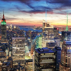 Photo mural Night New York glowing tower in green