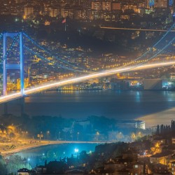 Photo mural night view of the Bosphorus Bridge in Istanbul